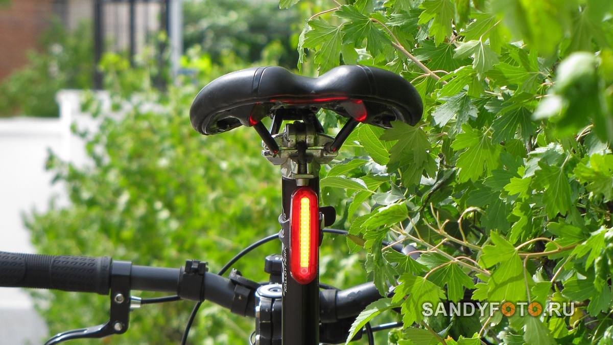 Обзор заднего фонаря для велосипеда с аккумулятором